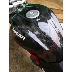 Couvre reservoir gauche carbone Ducati Monster 696 / 796 / 1100