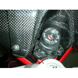 Couvre neyman Carbone Ducati Monster 696 / 796 / 1100